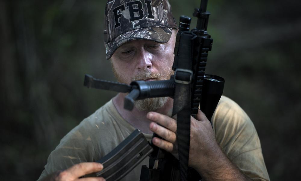 """""""We zijn getuige van een staatsgreep"""" – Bekende Amerikaanse militiecommandant voorspelt een burgeroorlog voor 2021"""