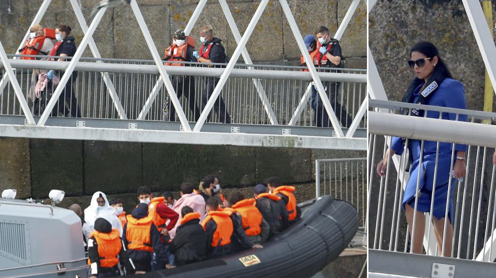 Seizoensgebonden stijging van het aantal migranten dat het Kanaal oversteken is niets vergeleken met de stijging die het VK te wachten staat wanneer het de EU voorgoed verlaat