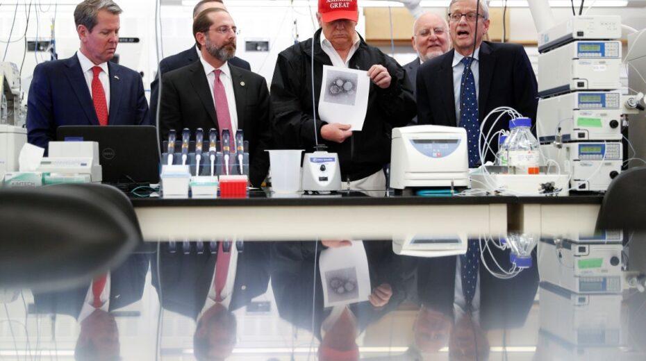 Van wetenschapper-politici tot een anti-wetenschappelijke demagoog: Amerika's tragische afdaling in waanzin