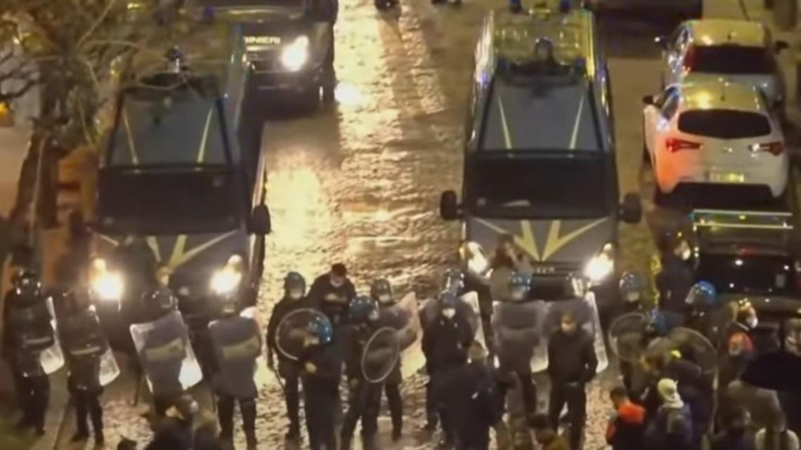 Italië: wijdverspreide protesten tegen de lockdowns van de regering door Covid