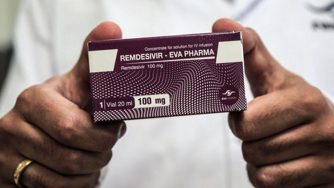 De FDA keurde remdesivir goed om Covid-19 te behandelen. Wetenschappers trekken het bewijsmateriaal in twijfel.
