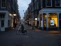 'Boze burgers die het systeem haten': waarom de rellen in Nederland verder gaan dan een COVID-avondklok