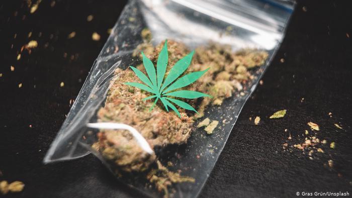 Het legaliseren van alle drugs is slechts het begin van een medelevend drugsbeleid