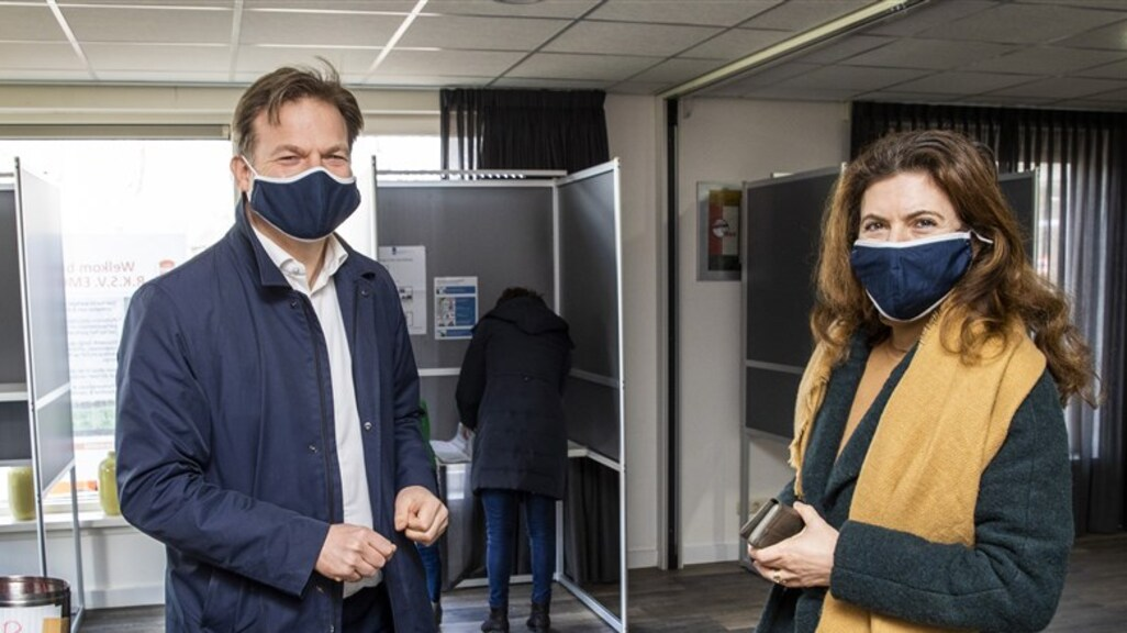 Morgen is het EXPLOSIEVE debat rond Piet Omtzigt en het stiekeme duo Ollongren en Jorritsma