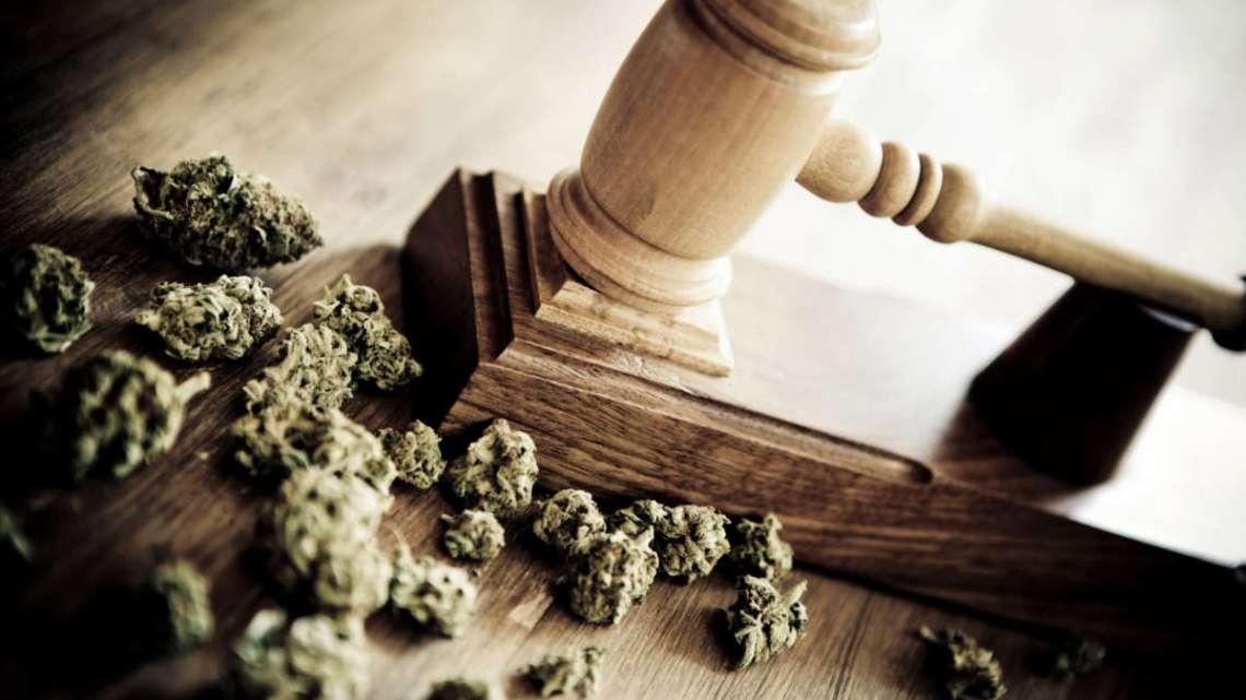Zelfs als marihuana legaal is, worden jonge mensen ervoor opgesloten