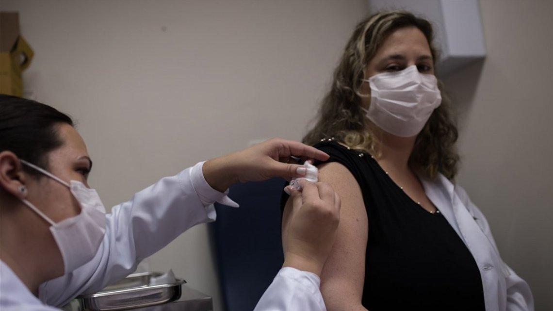 Vaccin fraude: kijk altijd wat ze doen met vaccineren