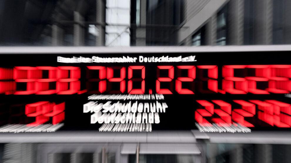 Het financiële systeem staat op instorten: staatsschuld Duitsland als na een wereldoorlog
