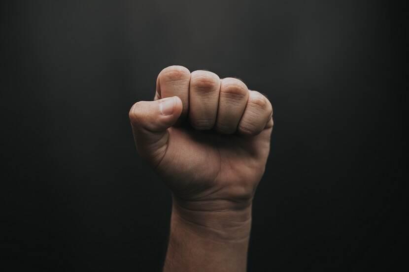 Recht op zelfverdediging: we mogen niet meer terug slaan