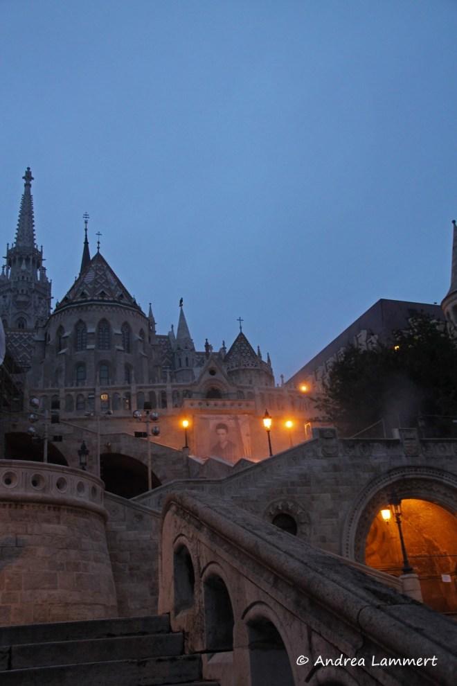 Budapest, Parlament, Blaue Stunde, Geheimtipps für Budapest, Panorama Budapest Burgberg, Festung