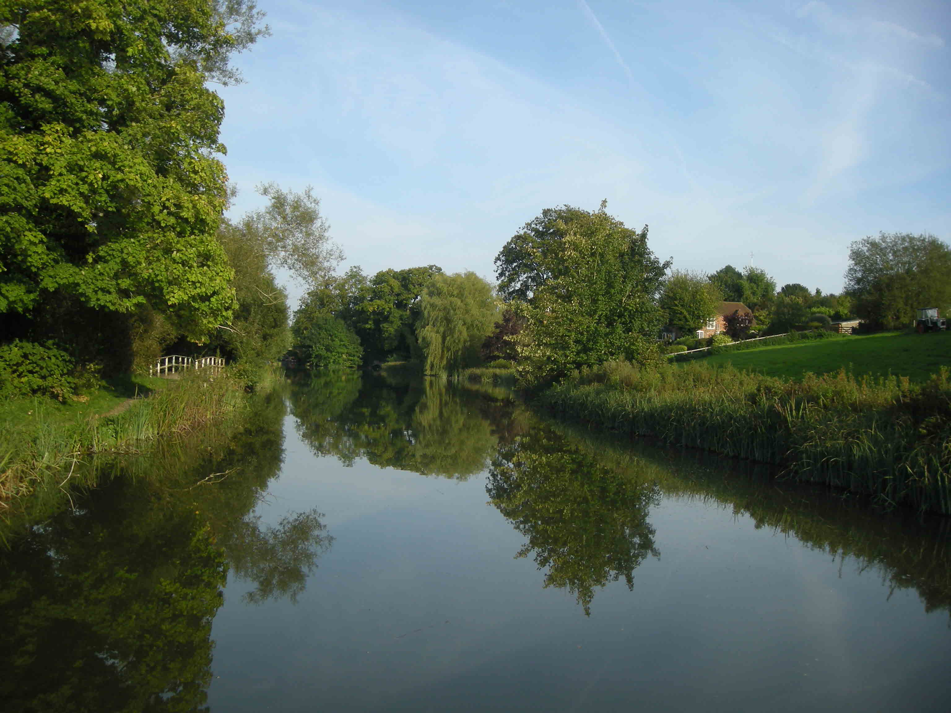 The approach to Kintbury