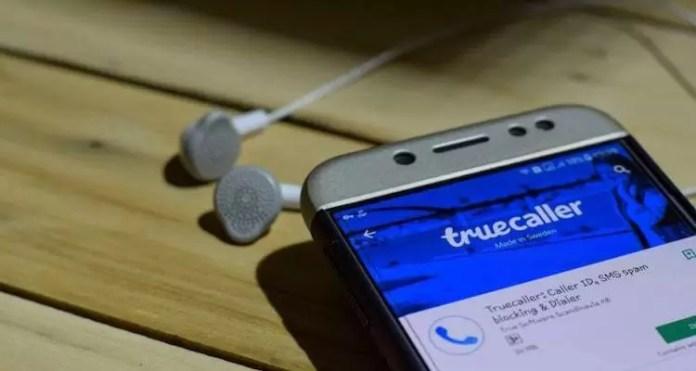 How TrueCaller Works in Hindi?