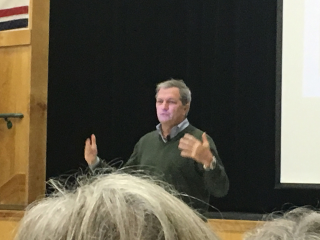 Rep DeSaulnier Town Hall Jan 19 2018, photo by Toni Henle
