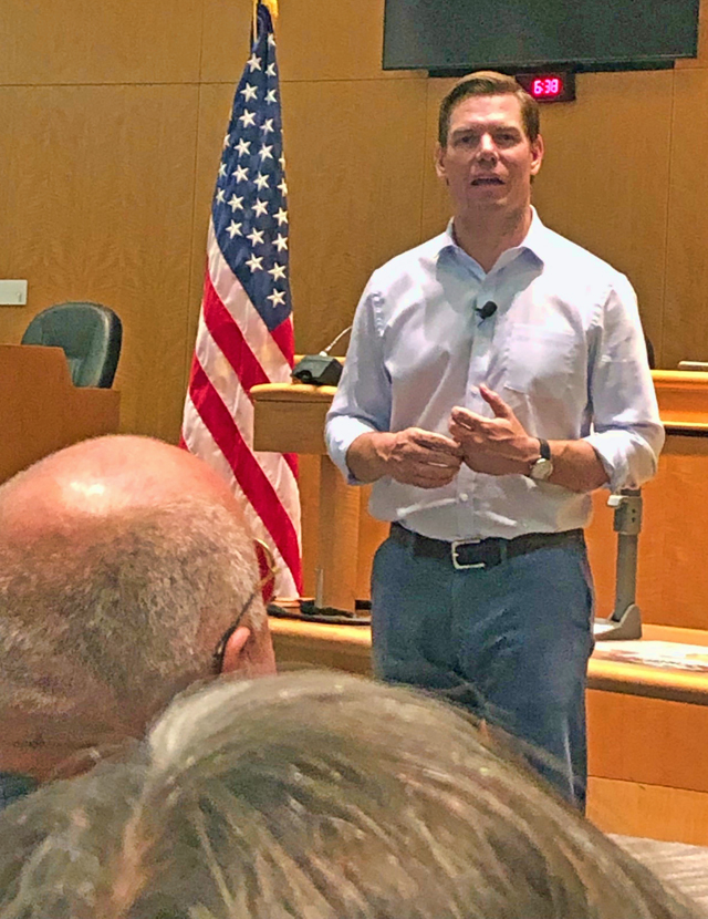 Rep. Swalwell Town Hall on gun violence, 8/7/19, photo by LeAnn Kanowsky