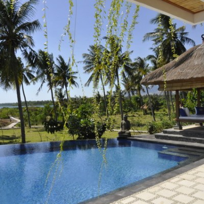 Beachfront Hotel for sale in North Bali