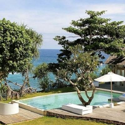Stunning cliff front villa for sale in Nusa Lembongan