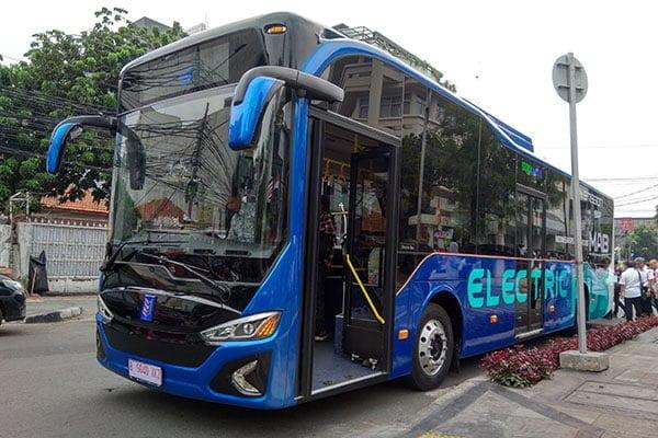 Bus listrik MAB