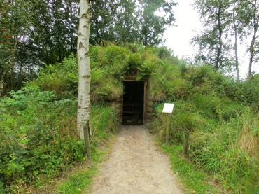 One of the first houses in the moor (made of earth and plants)