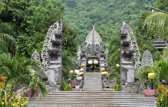 temples-melanting