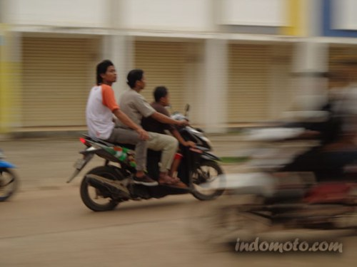dp sepeda motor