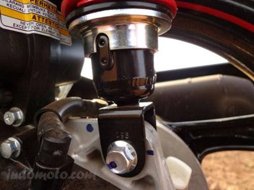 shock belakang Yamaha X-Ride