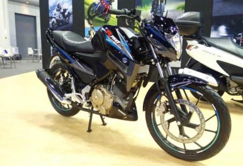 motor sport suzuki r150s black hawk