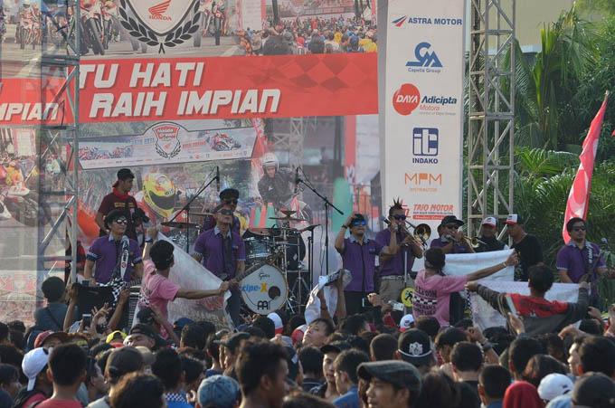 Band Tipe X Meramaikan Honda Dream Cup (HDC) Jakarta