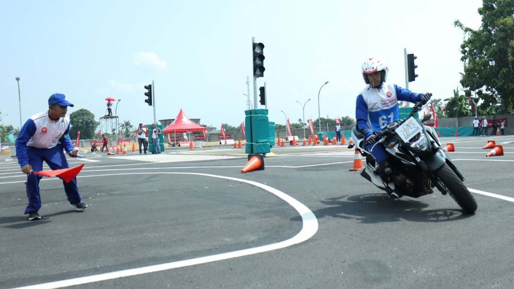 instruktur safety riding Honda