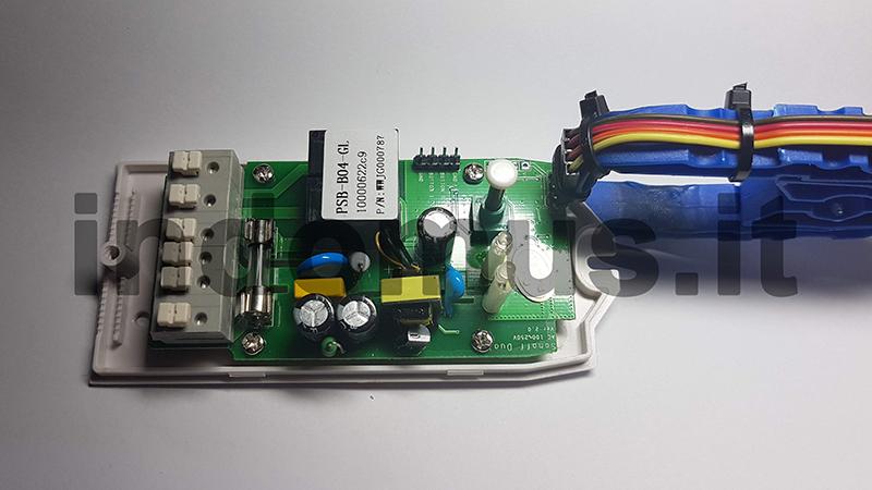 Riprogrammazione Sonoff con mollette da bucato - 12