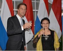 Mark Rutte to Retno Marsudi 'Terima kasih'