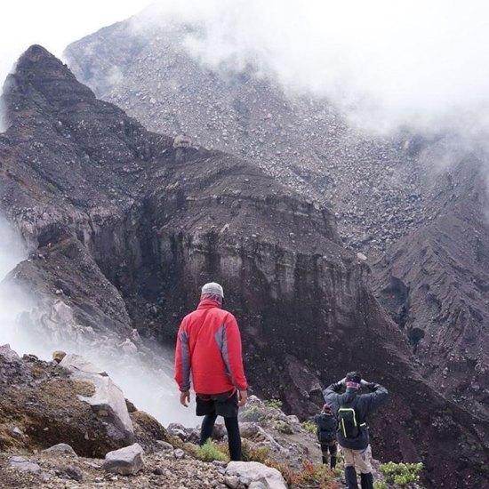11-3-Gunung-Raung---Kawah-by-raung_camp