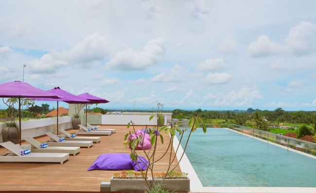 Bali Hotels under $48 to Enjoy Paddy Fields view from your room.