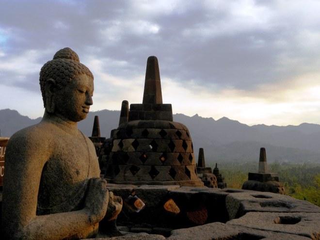 Giava borobudur buddha