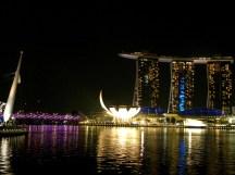 Singapore è in continua evoluzione la sua baia ulliminata riesce sempre a lasciare senza fiato