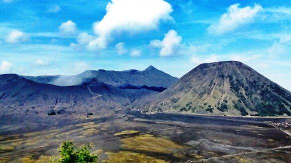 Giava vista sui vulcani