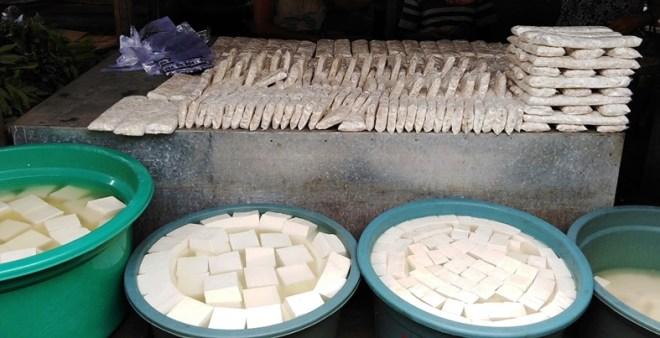 Indonesia tempe e tofu al mercato