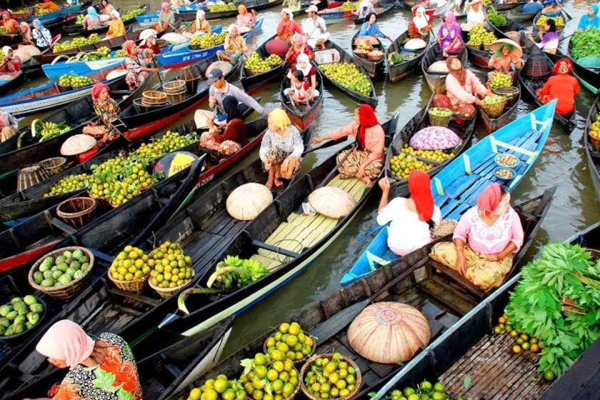 Kalimantan mercato galleggiante Muara Kuin