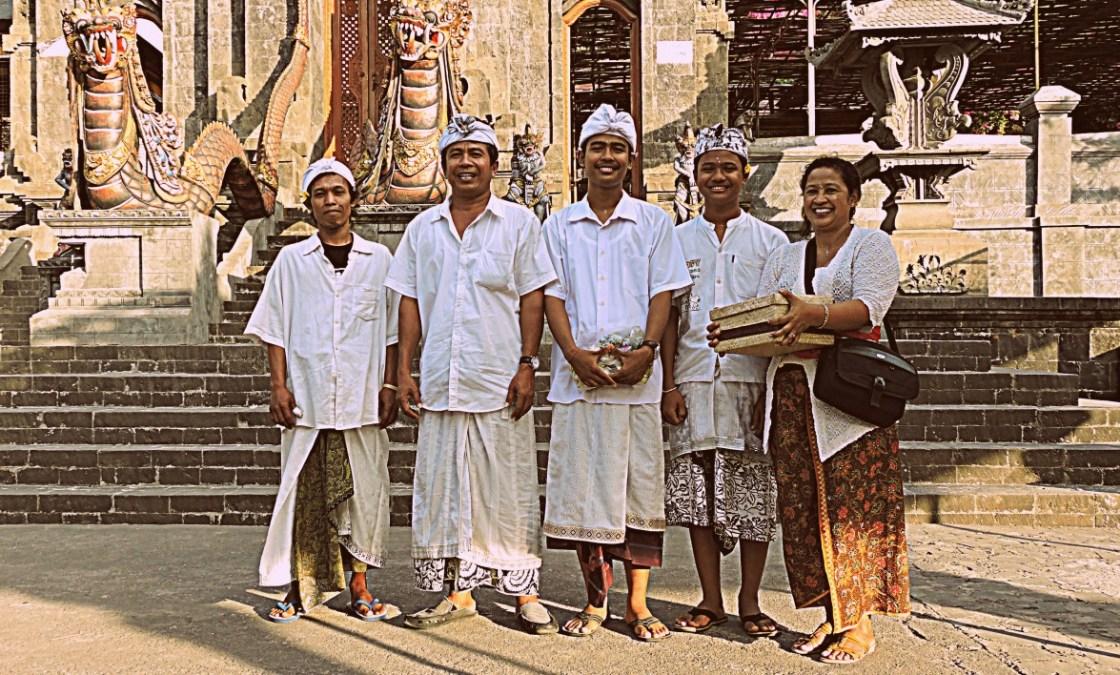 Indonesia viaggi e comportamento balinesi