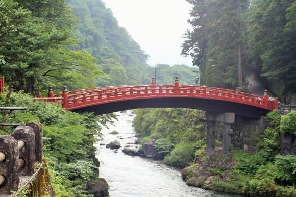 Giappone ponte rosso