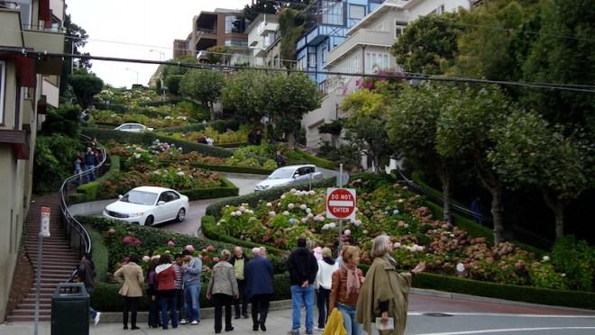 Le città della West Coast San Francisco: Lombard Street