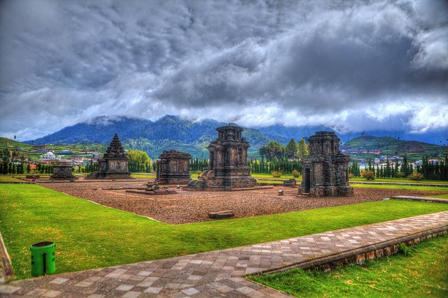 Dieng Plateau travel