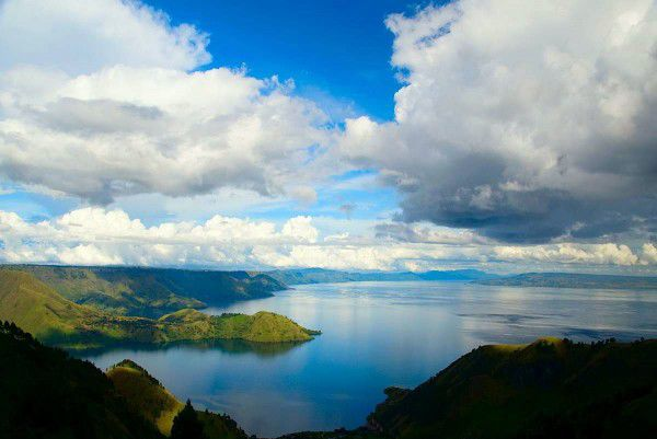 Lake Toba, Sumatra, Indonesia travel guide