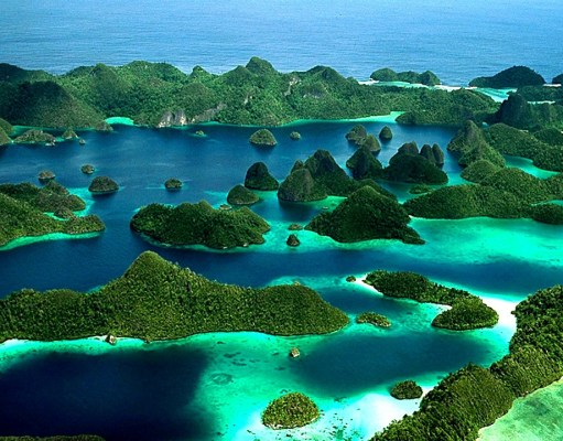 Raja Ampat Islands, Indonesia Travel guide, Place other than Bali