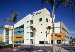 bellflower-hospital-mold-inspectors-perform-mold-inspection-mold-testing