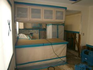 mold remediation containment in san fernando
