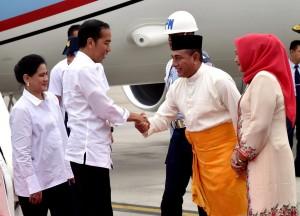 Presiden Jokowi, Minggu (7/10), tiba di Provinsi Sumatra Utara guna melakukan kunjungan kerja. (Foto: BPMI)