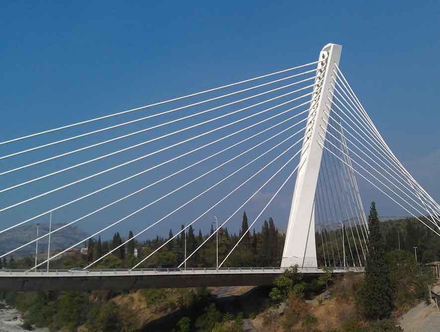 Cable Stayed Bridge Sebagai Sistem Jembatan Penghubung