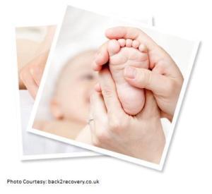 Beberapa Manfaat Pijat Bayi