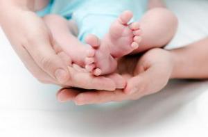 Bayi yang Lahir dengan HIV