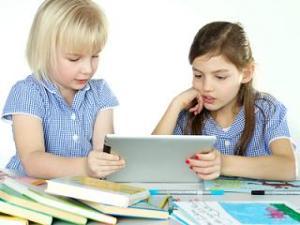 Waktu Pemakaian Tablet untuk Anak