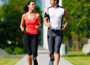 Berolahraga bersama Pasangan